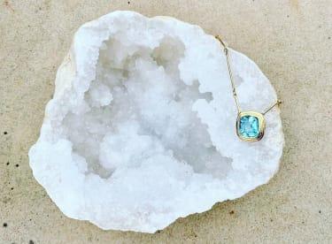Minka necklace with tourmaline center stone