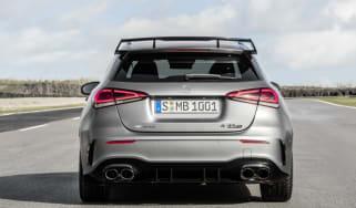 Mercedes-AMG A 45 S 4MATIC+ (2019), Kraftstoffverbrauch kombiniert: 8,4-8,3 l/100 km; CO2-Emissionen kombiniert: 192-189 g/km // Fuel consumption combined: 8.4-8.3 l/100 km; Combined CO2 emis