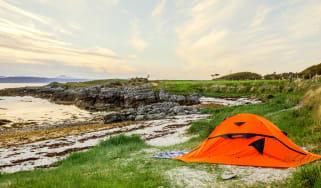 Beach tent (PxHere)