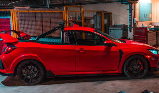 Honda Civic Type R pick-up crop