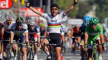 Cavendish crosses finish line at 2012 Tour de France