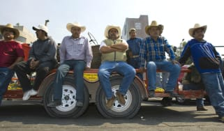 Mexican farmers protest against Nafta
