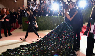 """NEW YORK, NY - MAY 02:Zoe Saldana and Marco Perego attend the """"Manus x Machina: Fashion In An Age Of Technology"""" Costume Institute Gala at Metropolitan Museum of Art on May 2, 2016 in New Yor"""