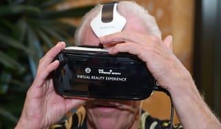 160126-virtual-reality.jpg