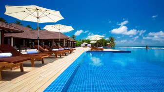 Atmosphere Kanifushi resort pool
