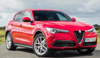 Alfa Romeo Stelvio crop