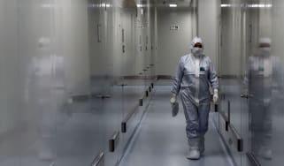 Covid vaccine lab