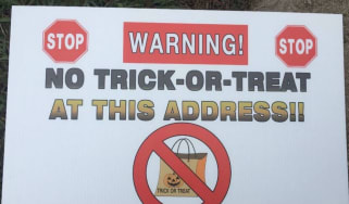 Trick or treat sex offender warning sign