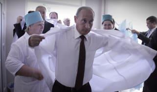 Vladimir Putin at a lab in Abkhazia
