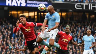 Vincent Kompany goal Man City vs Man Utd Premier League
