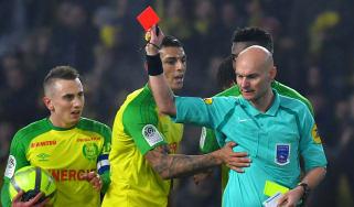 Tony Chapron Diego Carlos referee kick Nantes PSG