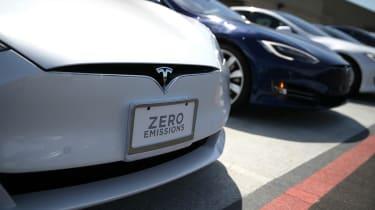 Tesla Model 3 vs Model S