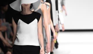 fashion_catwalk_01.jpg