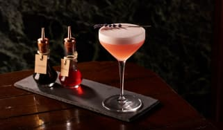 holborn-dining-room_gin-masterclass_caddiechinn_cocktail2b.jpg