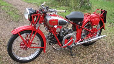 1936 500cc Moto-Guzzi 500V Bitubo © Cheffins