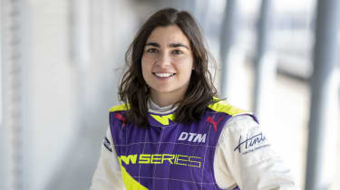 W Series driver Jamie Chadwick has signed with the Williams Racing Driver Academy