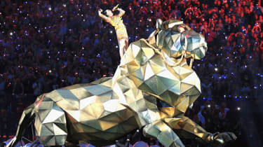 GLENDALE, AZ - FEBRUARY 01:Recording artist Katy Perry performs onstage during the Pepsi Super Bowl XLIX Halftime Show at University of Phoenix Stadium on February 1, 2015 in Glendale, Arizon