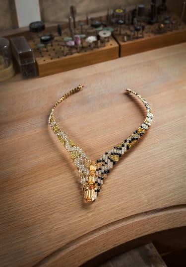 Cartier Sixieme Sens Pixelage necklace