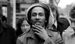 6th April 1977:Jamaican singer-songwriter and reggae star Bob Marley (1945 - 1981) outside Marylebone Magistrates Court in London, where he was fined for possession of cannabis.(Photo by Maur
