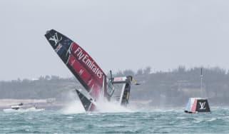 Emirates Team New Zealand, America's Cup capsize