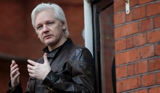 wd-assange_-_jack_taylorgetty_images.jpg