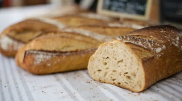 bread-611884-pxhere.jpg