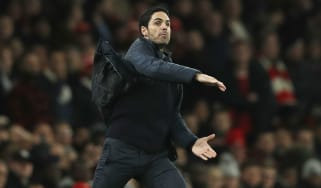 Arsenal head coach Mikel Arteta gestures on the touchline during the clash against Leeds