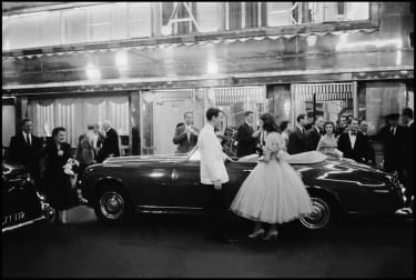 ENGLAND. London. 1957. A Gentleman's London. Entrance to the Savoy Hotel.