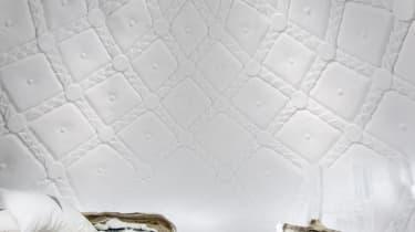 Art suite - Last Fabergé EggTomasz Czajkowski & Eryk Marks ICEHOTEL 28Photo by - Asaf Kliger