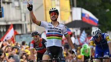 Peter Sagan wins stage three