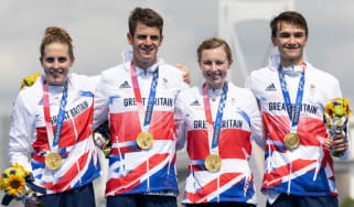 Jessica Learmonth, Jonny Brownlee, Georgia Taylor-Brown and Alex Yee won the triathlon mixed relay