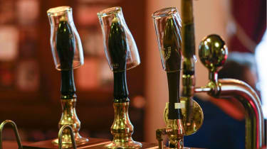 Pubs remains closed because of Covid-19 restrictions