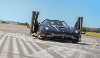 160831_luxury_cars.jpg