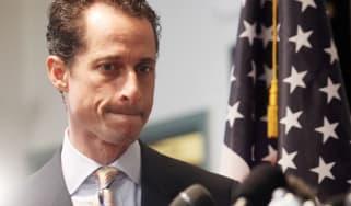 US congressman Anthony Weiner resigns