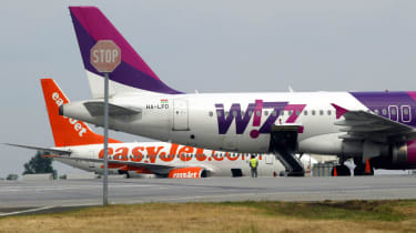Wizz Air and easyJet aircraft