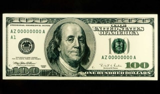 A 100 dollar note