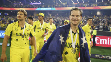 MELBOURNE, AUSTRALIA - MARCH 29:Shane Watson and Steve Smith of Australia celebrate during the 2015 ICC Cricket World Cup final match between Australia and New Zealand at Melbourne Cricket Gr