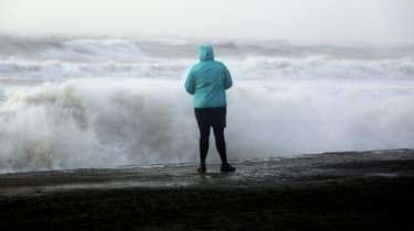 151117-barney-storm.jpg