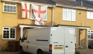 Picture posted by Emily Thornberry showing a Strood house covered in England flags