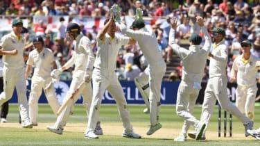 Mitchell Starc Craig Overton Ashes cricket Adelaide