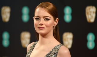US actress Emma Stone poses upon arrival at the BAFTA British Academy Film Awards at the Royal Albert Hall in London on February 12, 2017. / AFP / Justin TALLIS(Photo credit should read JUSTI