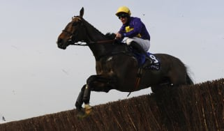 Davy Russell riding Lord Windermere