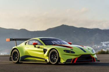 Aston Martin Vantage 18
