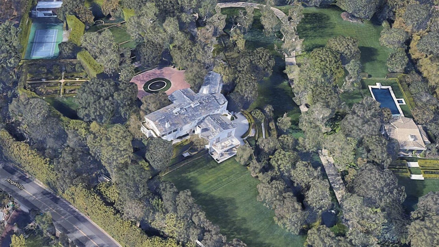 Beverly Hills mansion ...