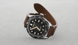 01 733 7707 4084-Set LS - Oris Movember Edition