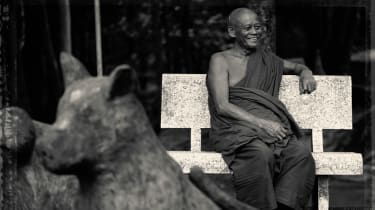 alila_villas_koh_russey_-_destination_-_smiling_monk_in_pagoda.jpg