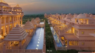 the_yamuna_itc_grand_bharat.jpg
