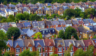 160912_uk_housing.jpg