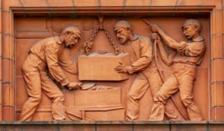 The Peel Building carvings © Martin Henderson / Art UK