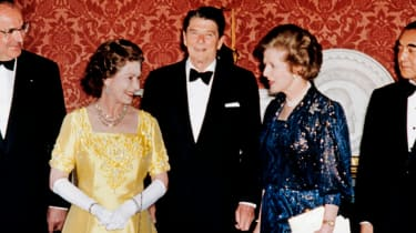 The Queen poses with Ronald Reagan